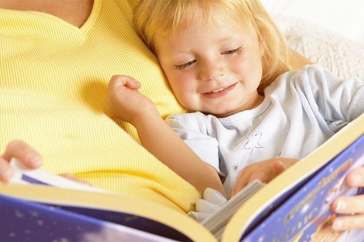 mamica-citind-povesti