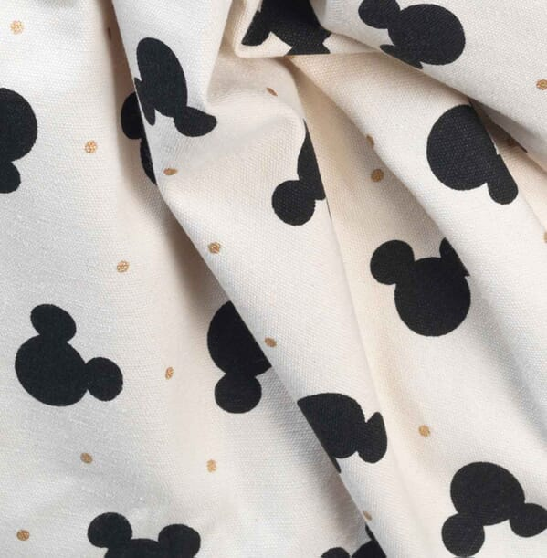 Mickey_gold_detail